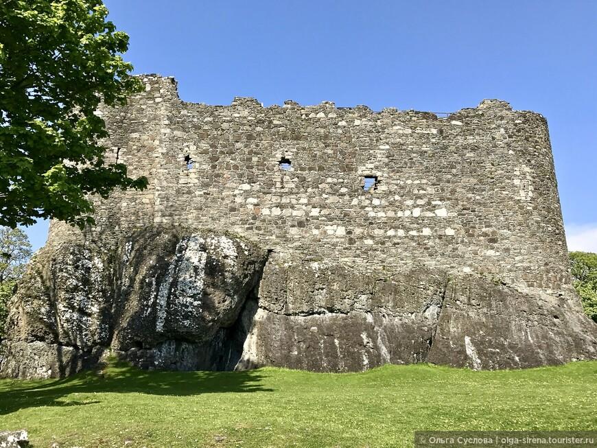 Брутальный замок Данстаффнейдж