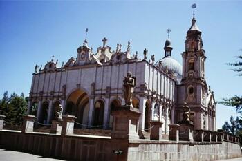 В Эфиопии для туристов открыли дворец Менелика II