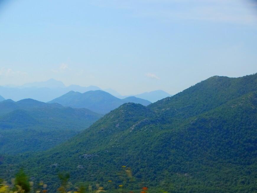 Ландшафт самой маленькой страны на Балканах  практически весь горный (почти 70% территории).