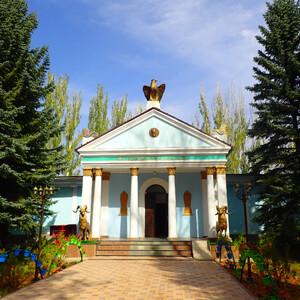 В музее Пржевальского под Караколом. Часть 1