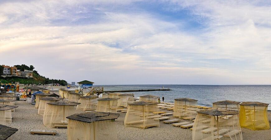 Курорт и пляж Большой Фонтан в Одессе