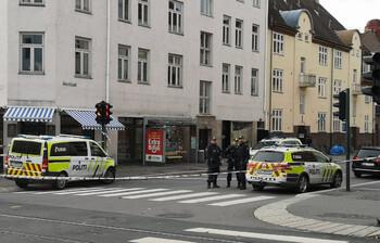 В Осло мужчина угнал машину скорой помощи и врезался в толпу людей