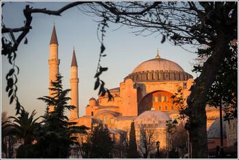Число туристов в Святой Софии вновь превысит три миллиона