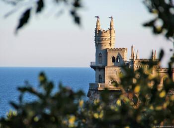 С начала года Крым принял рекордное число отдыхающих