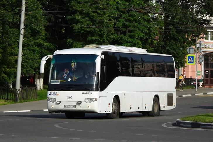 Автобус Санкт-Петербург — Тихвин