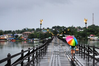 Тропический шторм движется к Таиланду и Вьетнаму