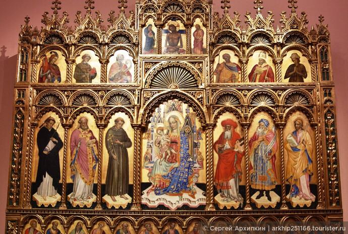 Иконостас 14 века