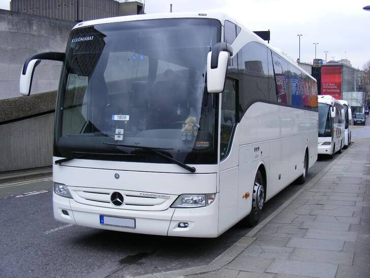 Автобус Санкт-Петербург — Смоленск