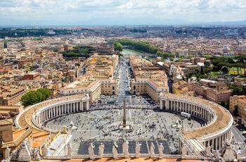 Вид на Рим с купола собора Святого Петра