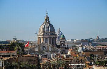 Флаг Мальтийского ордена в Риме