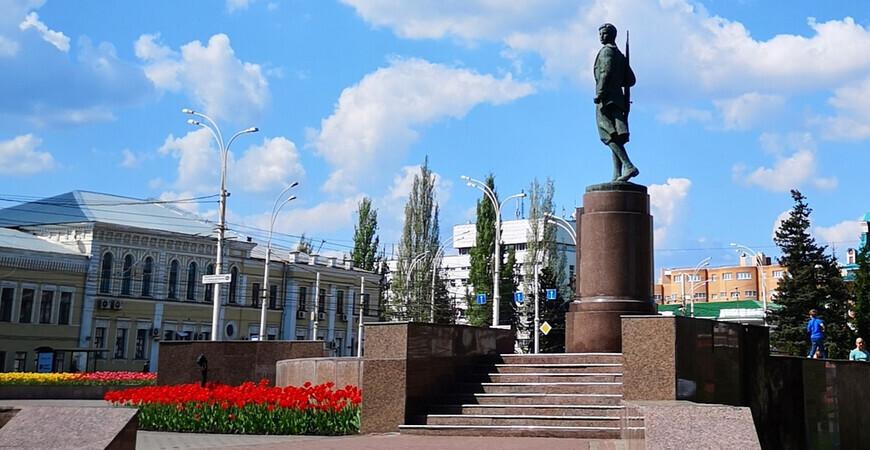 Памятник Зое Космодемьянской в Тамбове