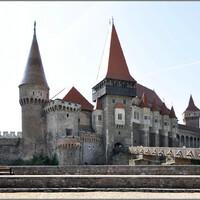 От замка Корвинов до Алба-Каролины
