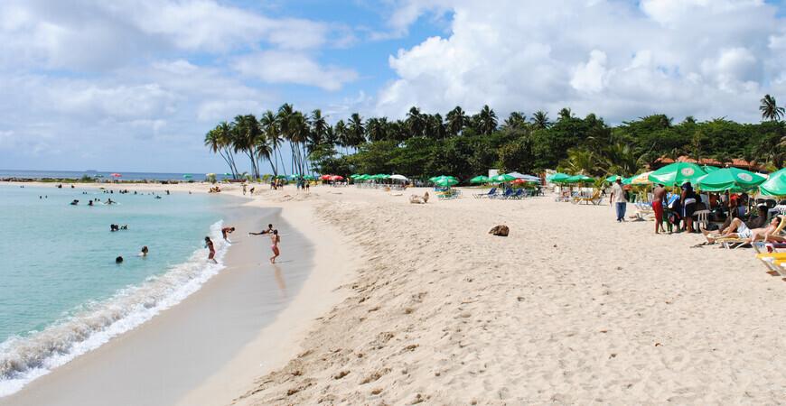 Пляж Хуан Долио