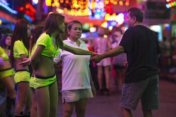 Папа Римский выступил против секс-туризма в Таиланде