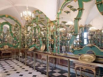 Сокровищницу «Зеленый свод» в Дрездене обокрали на сотни миллионов евро