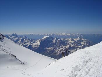 На курорте «Эльбрус» откладывается  открытие горнолыжного сезона