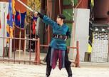 Красивое действо - боевые искусства Крепости Хвасон (ЮНЕСКО)