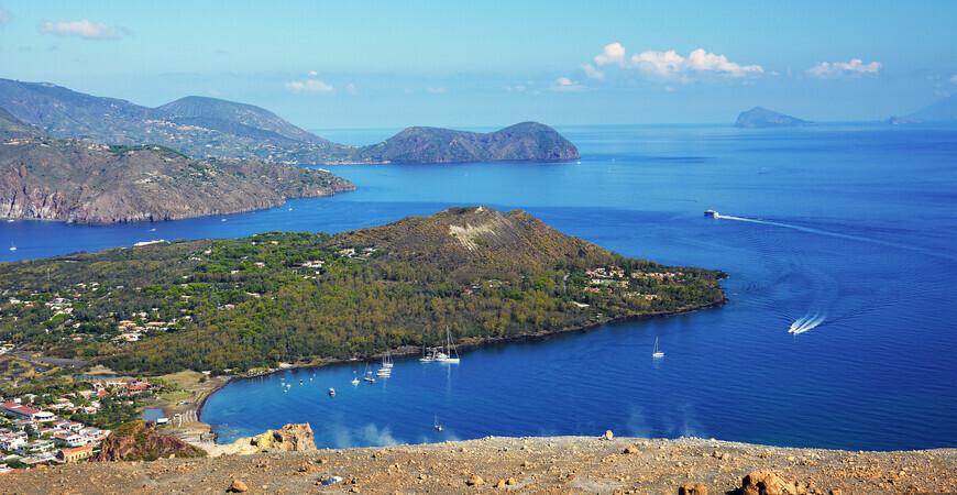 Остров Вулкано