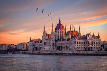 Самая узнаваемая достопримечательность Будапешта - здание венгерского парламента