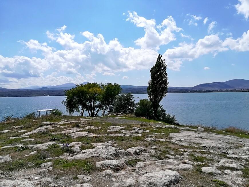 На берегу Севана.