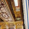 Роспись на потолке лестнечного пролёта