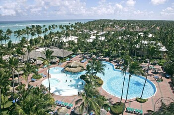 Туристка из РФ погибла в Доминикане при невыясненных обстоятельствах