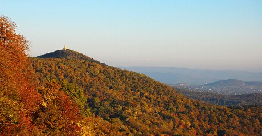 Гора Янош