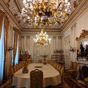 Художественный музей во дворце Револтелла в Триесте