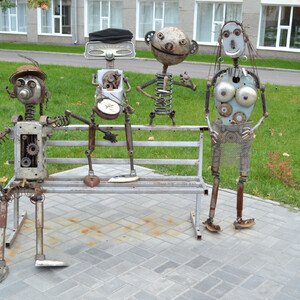 Семейка роботов