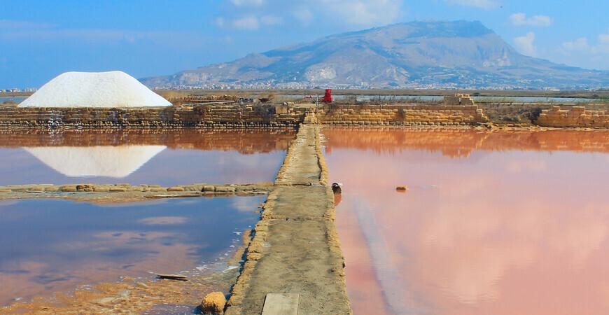 Солеварни (розовые озера)