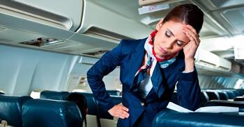 Буйную пассажирку связали скотчем на рейсе в  Дубай