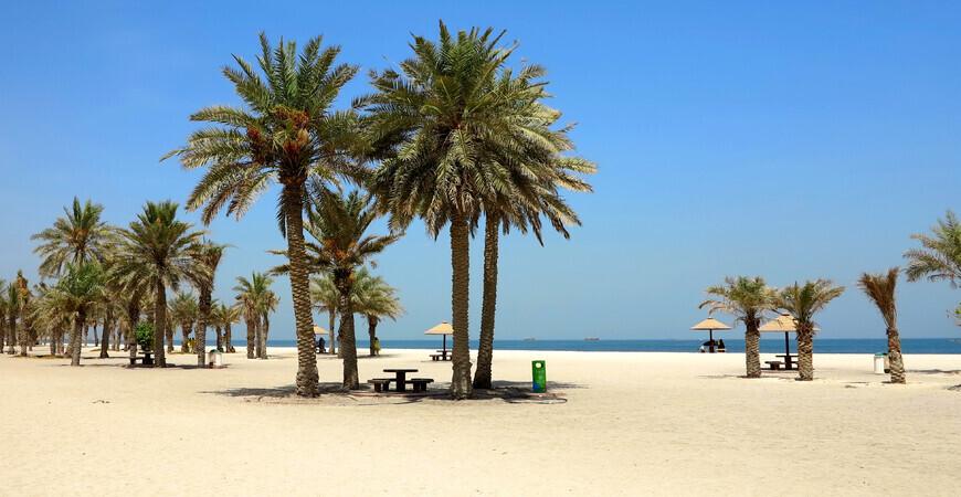 Пляж Аль Мунтазах