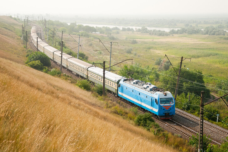 Поезд Киев — Баку