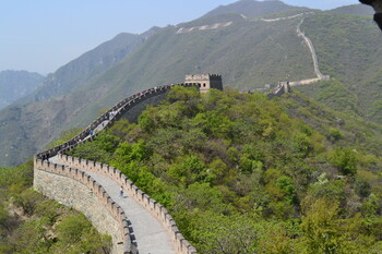 Туроператоры приостановили продажи туров в Китай
