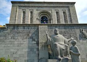 В Ереване. Ч.7