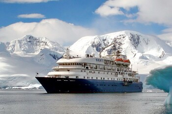 Круизы по Арктике и Антарктике появятся в РФ в 2021 году