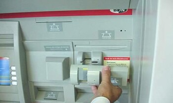 Турист в Австралии украл из банкоматов почти 80 000 долларов