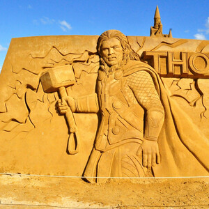 Песчаные скульптуры в Остенде