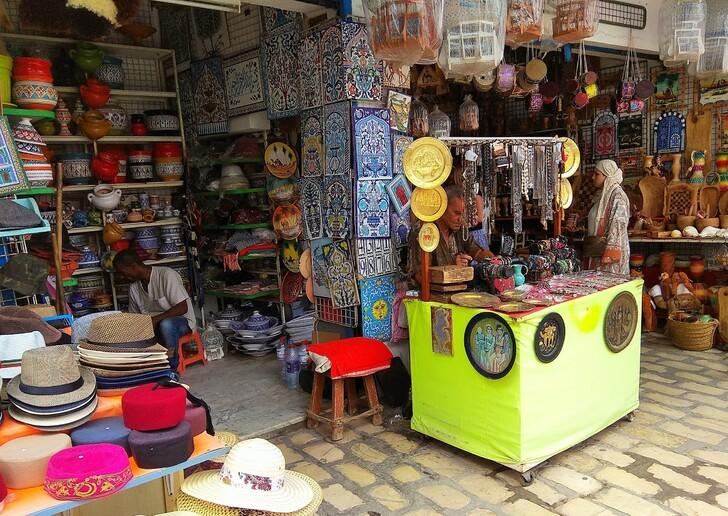 Купить косметику туниса косметика ньювейс в москве купить