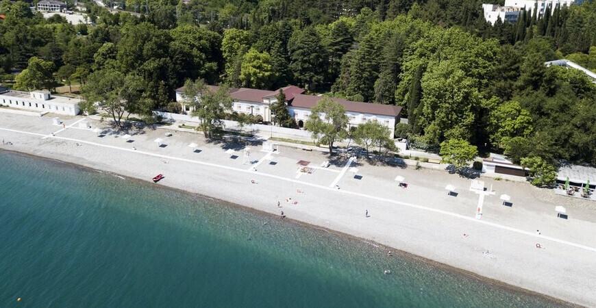 Пляж санатория «Лазаревское»