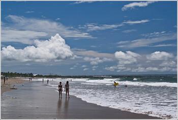 Пять тысяч китайских туристов застряли на Бали