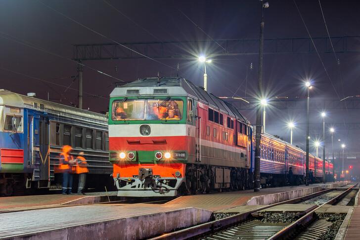 Поезд Минск — Львов