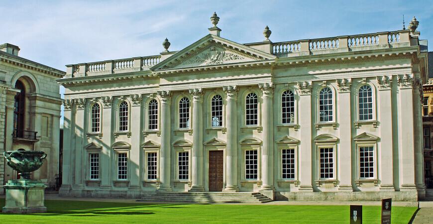 Кембриджский университет (Здание Сената)