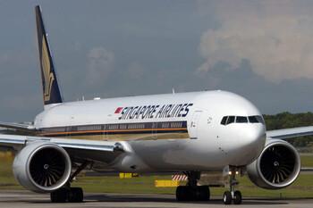 Singapore Airlines сокращает число рейсов по всему миру