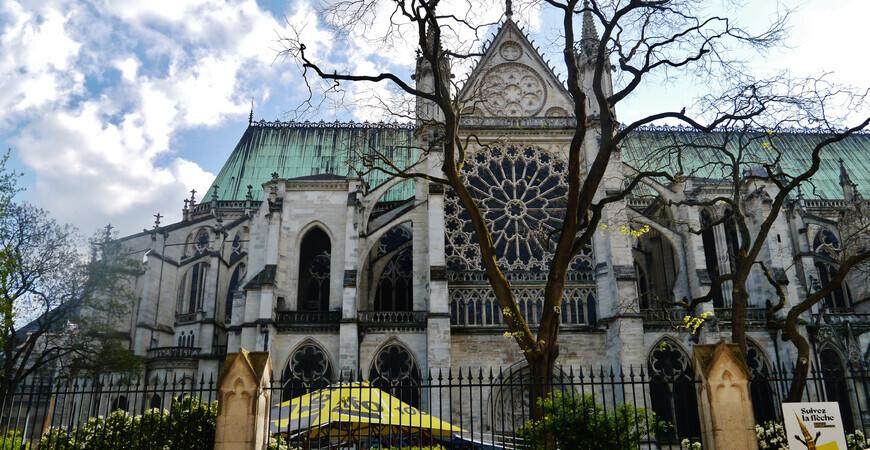 Аббатство Сен-Дени (Basilique Cathédrale de Saint-Denis)