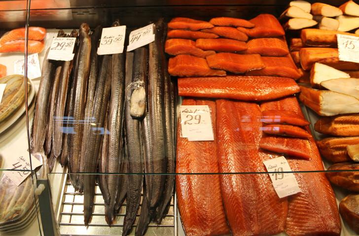 Копченая рыба с Рижского рынка