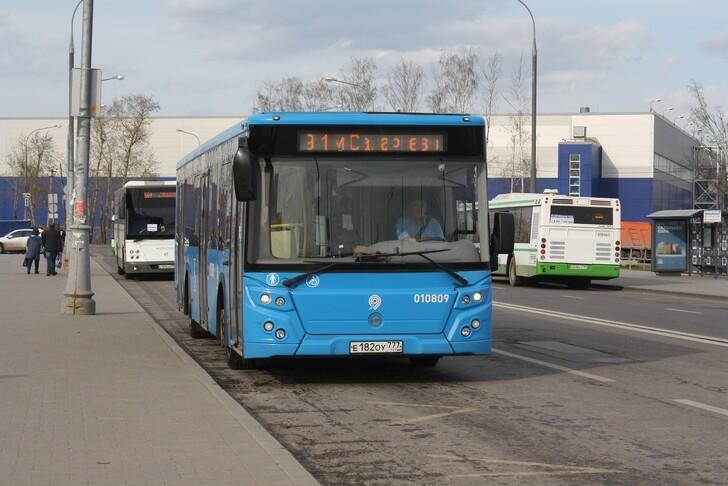Автобус № 911