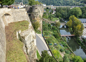 Сказки Люксембурга: Пушкин, пьяный призрак и русалка в ванне