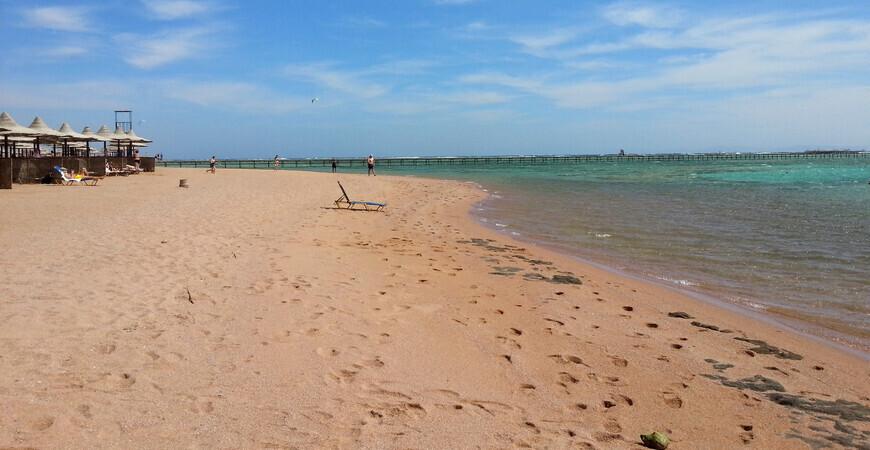 Пляж бухты Набк