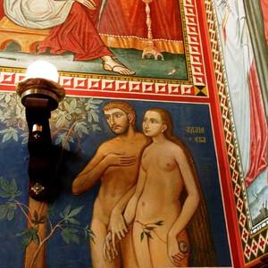 Два красивых собора в Загребе — православный и католический